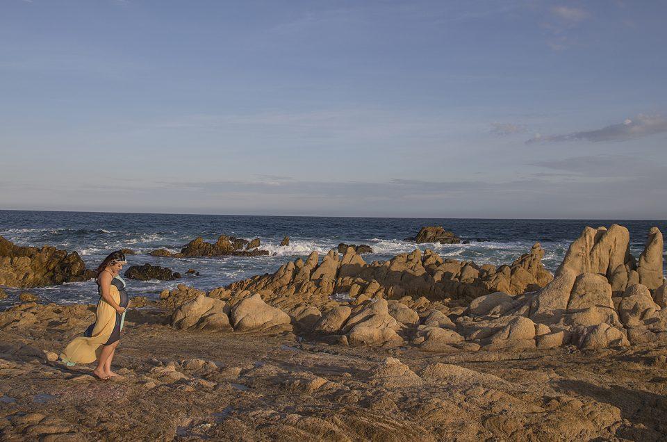 Maternity Photo Session at Las Viudas Beach, Cabo San Lucas: Alejandra & Hiram