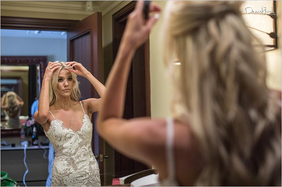 bride getting ready at Los Cabos wedding