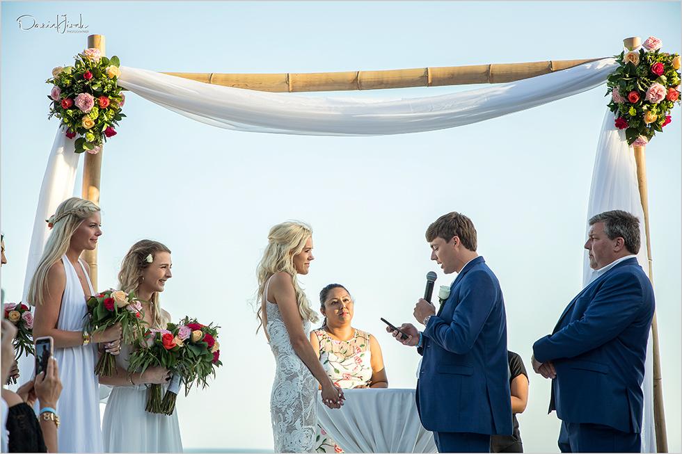 Groom reads vows at Los Cabos wedding