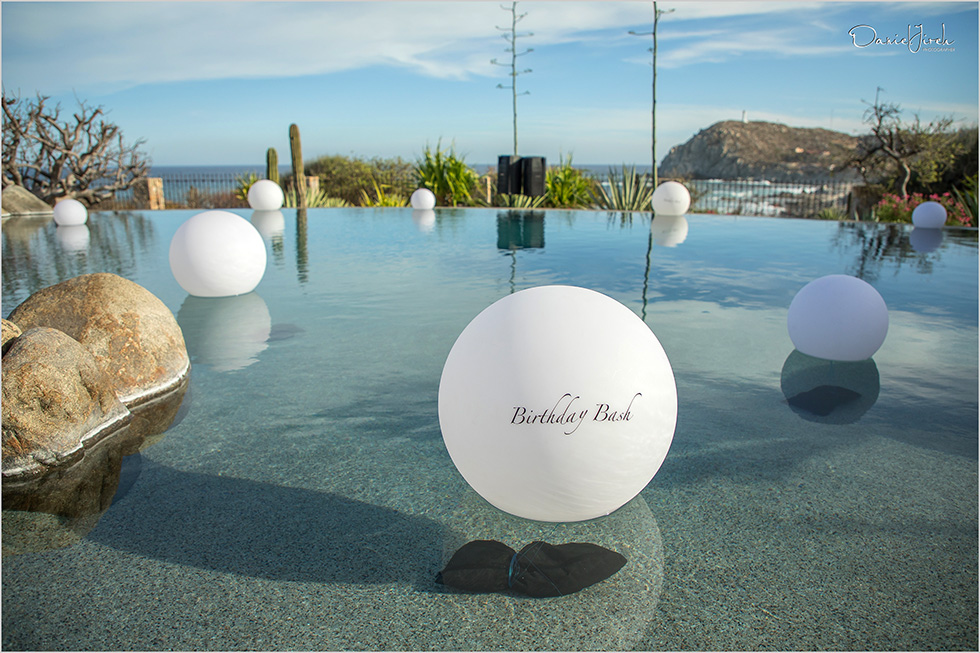 floating lights at vista ballena