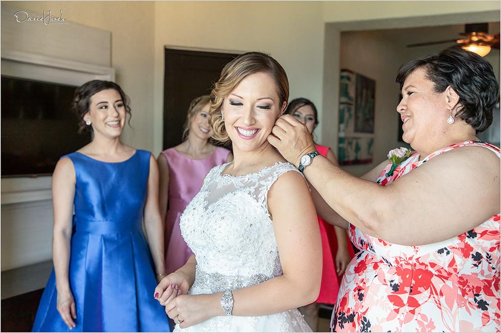 Cabo wedding photography, destination getting ready, Cabo San Lucas bride