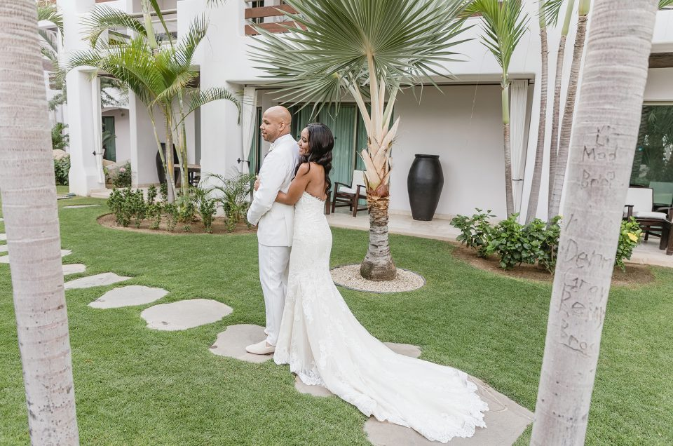 WHITE, WHITE AND CANDLELIGHT!: ALKIA AND JUSTIN'S LOS CABOS WEDDING AT CABO AZUL.